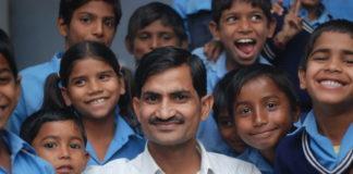 "Meet PM Modi's 'Imran Khan', a Teacher Who Truly Implemented Modi's ""Digital India"" in Education,"