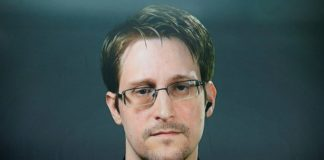 """Edward Snowden Alleges India for """"Destroying Privacy"""" in Adhaar Case."""