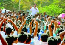 Kamal Hassan Debuts in Politics
