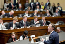 Mark Zuckerberg seems clueless in the face of Senators' Questions