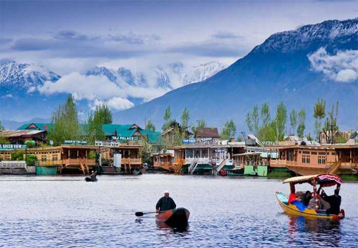 Kashmir Offers Unique Culture to Tourists