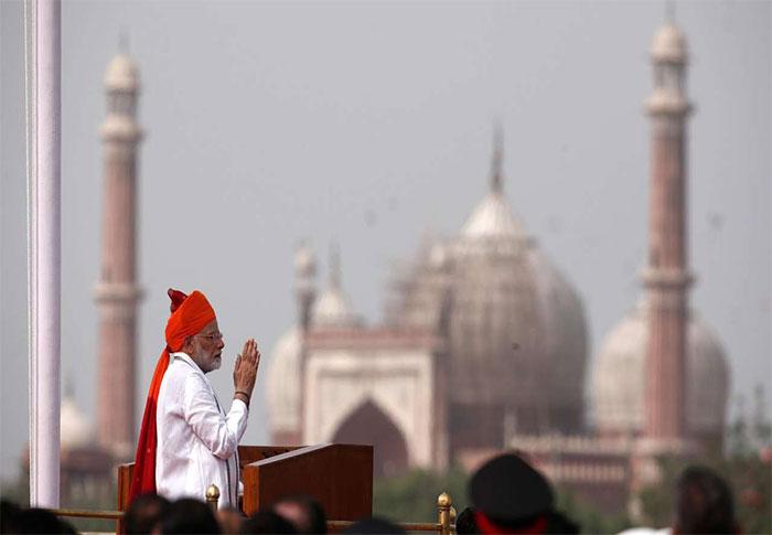 स्वतंत्रता दिवस 2018: पीएम मोदी ने 'आयुष्मान भारत' का ऐलान किया... रोजगार सहित अन्य मुद्दों पर खामोश रहे