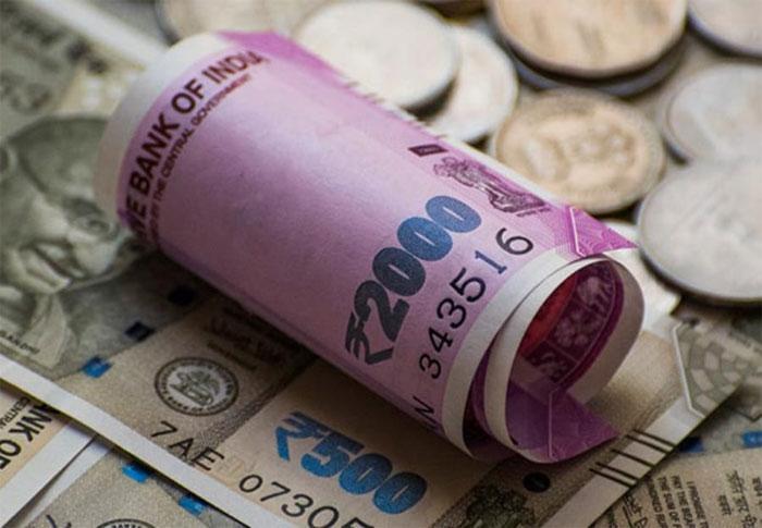 की सबसे कमज़ोर करेंसी बनी 'रुपया'... आम लोगों की जेब में पढ़ रहा असर