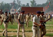 Agressive presentation of policemens in bihar cm asked for report