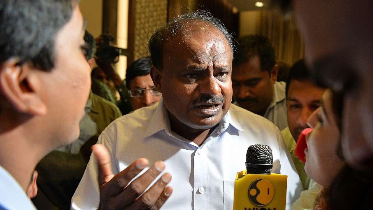 कर्नाटक में सरकारी नाटक',कुमारस्वामी सरकार के दो निर्दलीय विधायकों ने  लिया समर्थन वापस