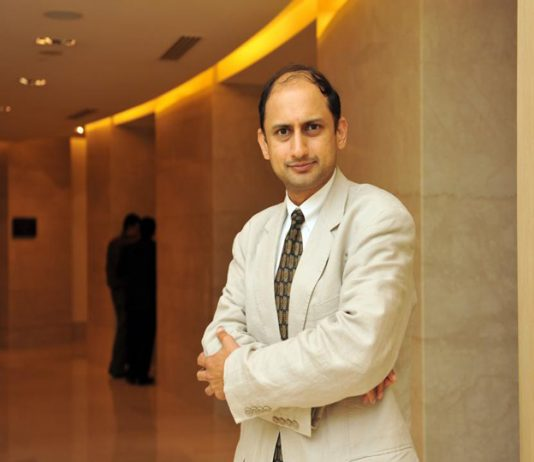 Following former governor's footsteps, Viral Acharya resigns citing 'personal reasons'