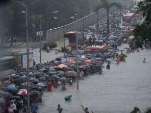 Heavy rains create chaos in Maharashtra